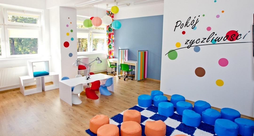 Pokoje życzliwości – kolorowe miejsca dla dzieci w szpitalach