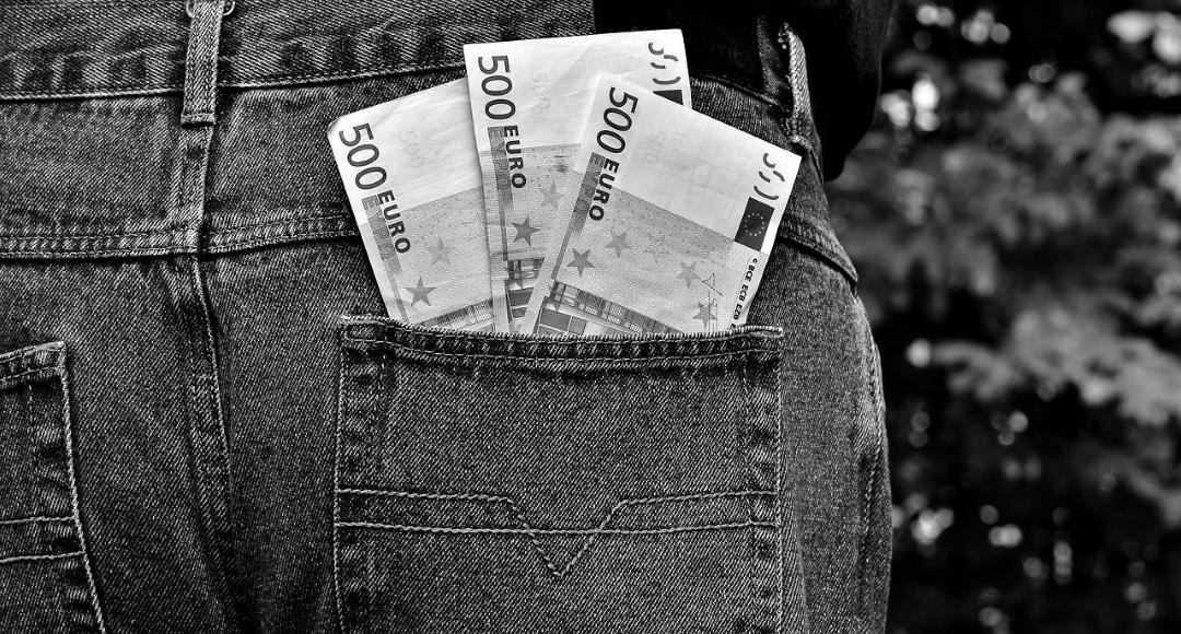 Jak zaoszczędzić na ubezpieczeniu kredytu?
