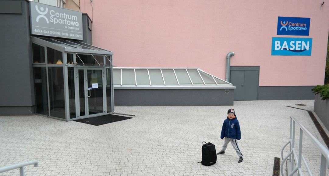 Centrum Sportowe u Jezuitów w Gdyni – co można tam znaleźć? #ŻabekNaBasenie